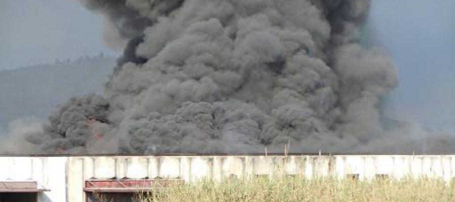 Incendio del capannone di via Vannucchi, comunicato Cgil Prato